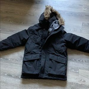 Boys winter coat GAP size M HUSKY